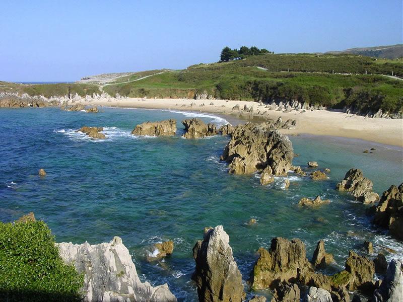 Playa Toró, Llanes
